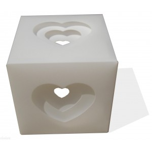 Table lamp with a white box with hearts