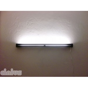Linea wall lamp